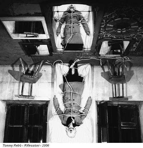 Cagliari allo studio 20 tredici fotografi sul mistero - Frasi sul riflesso dello specchio ...
