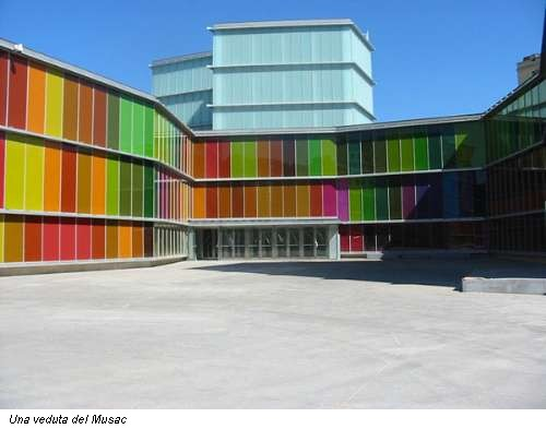Premio d 39 architettura mies van der rohe vince lo spagnolo for Architettura contemporanea barcellona