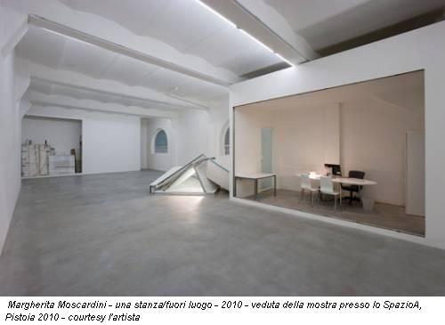 Margherita Moscardini - una stanza/fuori luogo - 2010 - veduta della mostra presso lo SpazioA, Pistoia 2010 - courtesy l'artista