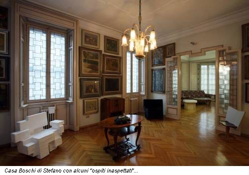 Dalla design week ospiti inaspettati i designer arredano for Foto salotti moderni arredati