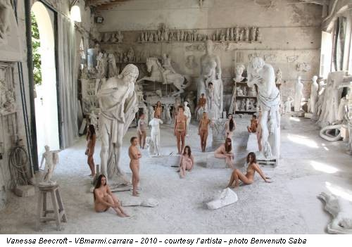 Vanessa Beecroft - VBmarmi.carrara - 2010 - courtesy l'artista - photo Benvenuto Saba