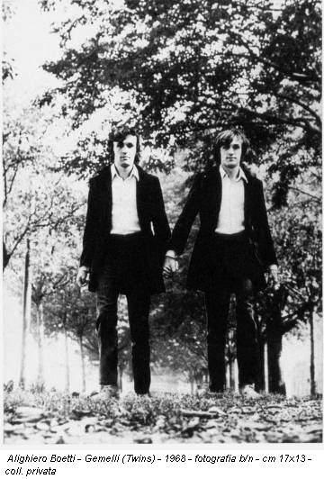 Alighiero Boetti - Gemelli (Twins) - 1968 - fotografia b/n - cm 17x13 - coll. privata