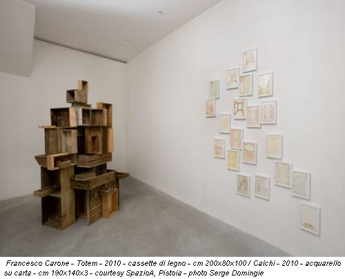 Francesco Carone - Totem - 2010 - cassette di legno - cm 200x80x100 / Calchi - 2010 - acquarello su carta - cm 190x140x3 - courtesy SpazioA, Pistoia - photo Serge Domingie