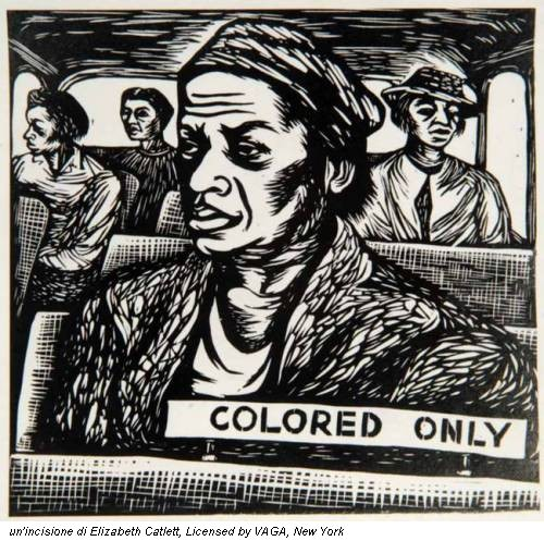 un'incisione di Elizabeth Catlett, Licensed by VAGA, New York