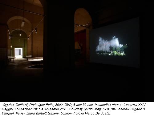 Cyprien Gaillard, Pruitt Igoe Falls, 2009. DVD, 6 min 55 sec. Installation view at Caserma XXIV Maggio, Fondazione Nicola Trussardi 2012. Courtesy Spruth Magers Berlin London / Bugada & Cargnel, Paris / Laura Bartlett Gallery, London. Foto di Marco De Scalzi