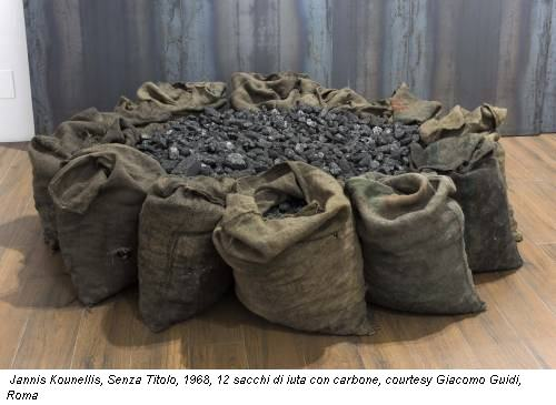 Jannis Kounellis, Senza Titolo, 1968, 12 sacchi di iuta con carbone, courtesy Giacomo Guidi, Roma