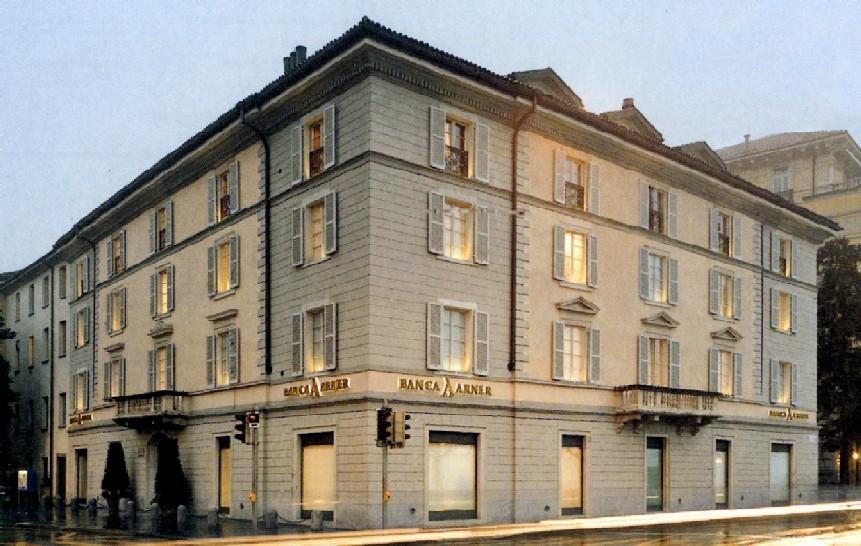 Banca arner casa airoldi lugano for Banca in casa