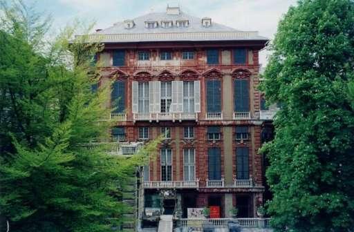 Riapre Palazzo Rosso  