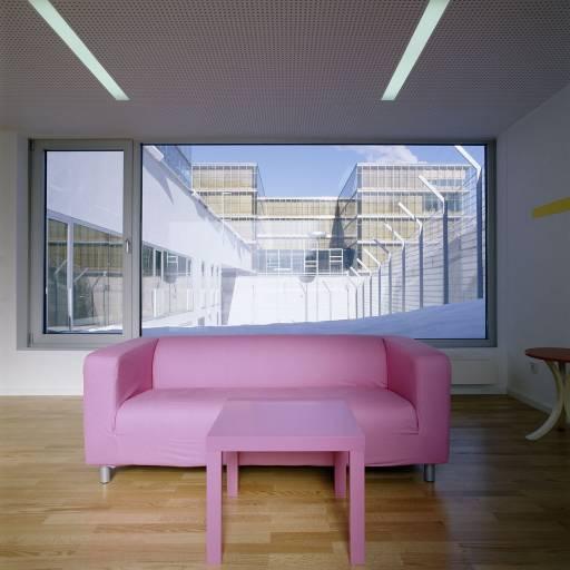 ARCHITETTURA | Il cortile di cemento