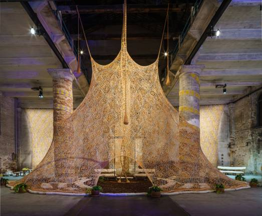Ernesto Neto, Um Sagrado Lugar (A Sacred Place), 2017, mixed media, dimensions variable, installation view, Arsenale, 57th Venice Biennale. Courtesy: La Biennale di Venezia; photograph: Andrea Avezzù