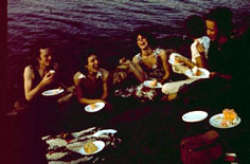 Nan Goldin, Picnick on the esplanade 1973