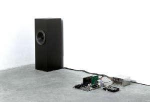 Bianco-Valente, Breathless, Installazione: Schede elettroniche in SMD, CPU, Voce sintetica, Dimensioni ambiente, 2000. Courtesy Galleria Alfonso Artiaco, Napoli