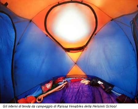 Gli interni di tenda da campeggio di Raissa Venables della Helsinki School