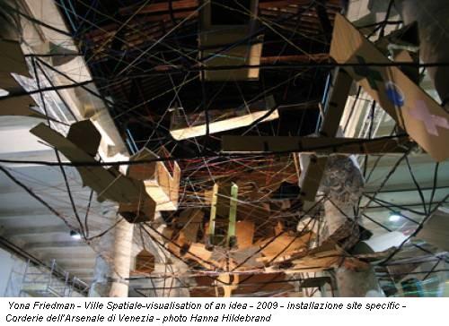 Yona Friedman - Ville Spatiale-visualisation of an idea - 2009 - installazione site specific - Corderie dell'Arsenale di Venezia - photo Hanna Hildebrand