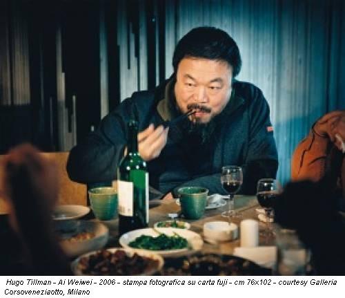 Hugo Tillman - Ai Weiwei - 2006 - stampa fotografica su carta fuji - cm 76x102 - courtesy Galleria Corsoveneziaotto, Milano