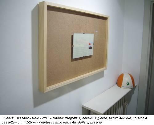 Michele Bazzana - Relè - 2010 - stampa fotografica, cornice a giorno, nastro adesivo, cornice a cassetta - cm 5x50x70 - courtesy Fabio Paris Art Gallery, Brescia