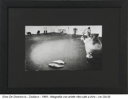 Gino De Dominicis - Zodiaco - 1969 - fotografia con ariete ritoccato a biro - cm 28x38