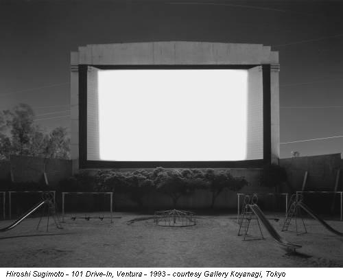 Hiroshi Sugimoto - 101 Drive-In, Ventura - 1993 - courtesy Gallery Koyanagi, Tokyo