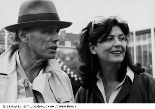 Graziella Lonardi Buontempo con Joseph Beuys