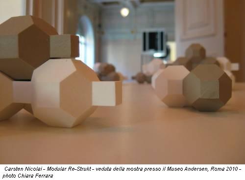Carsten Nicolai - Modular Re-Strukt - veduta della mostra presso il Museo Andersen, Roma 2010 - photo Chiara Ferrara