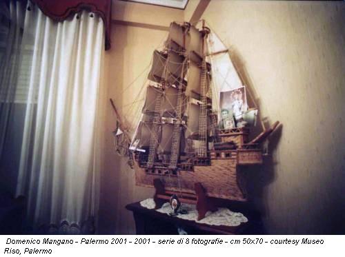 Domenico Mangano - Palermo 2001 - 2001 - serie di 8 fotografie - cm 50x70 - courtesy Museo Riso, Palermo