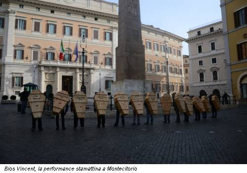 Bios Vincent, la performance stamattina a Montecitorio