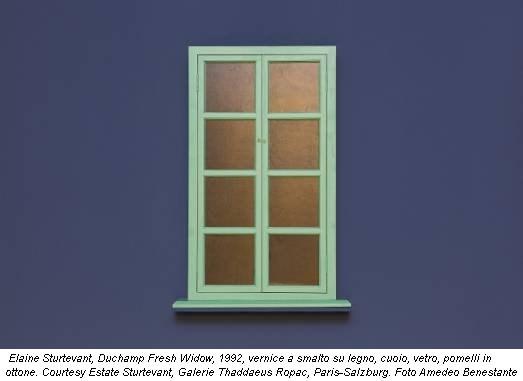 Elaine Sturtevant, Duchamp Fresh Widow, 1992, vernice a smalto su legno, cuoio, vetro, pomelli in ottone. Courtesy Estate Sturtevant, Galerie Thaddaeus Ropac, Paris-Salzburg. Foto Amedeo Benestante