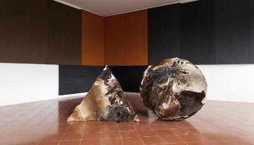 Fino al 16.VI.2019 | Petr Davidtchenko, Millenium Worm | Palazzo Lucarini Contemporary, Trevi