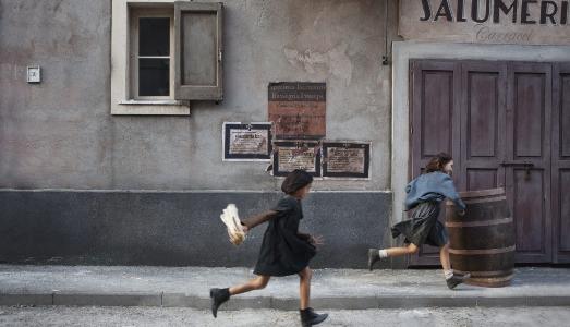 Le fotografie di scena de L'amica geniale, in una mostra a Napoli