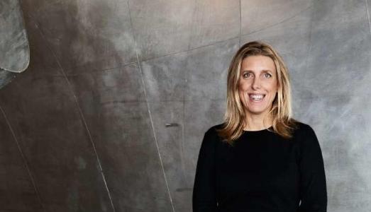 Chi è la donna a capo della più importante istituzione francese d'arte contemporanea