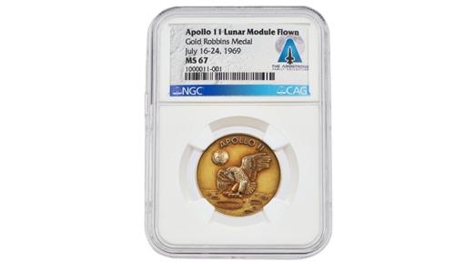 L'oro di Armstrong dalla Luna all'asta
