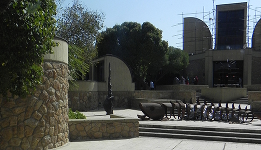 Una biennale a Tehran