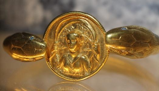 Storie di gioielli. Pompei e le Cicladi scoprono i loro tesori