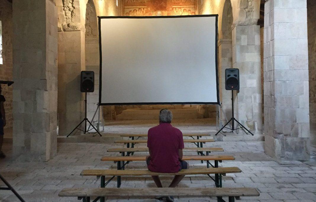 sala proiezione strano film festival