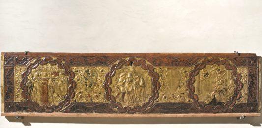 L'autunno del Medioevo. Cofani nuziali in gesso dorato e una bottega perugina dimenticata