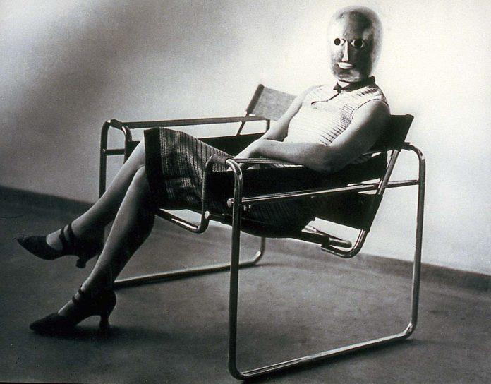 Un'opera in mostra per i 100 anni di Bauhaus alla Berlinische Galerie