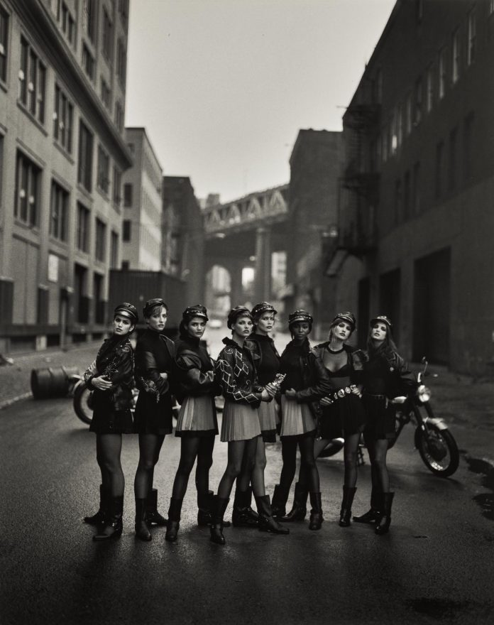 Cindy Crawford, Tatjana Patitz, Helena Christensen, Linda Evangelista, Claudia Schiffer, Naomi Campbell, Karen Mulder & Stephanie Seymour, for American Vogue, Brooklyn, New York, 1991
