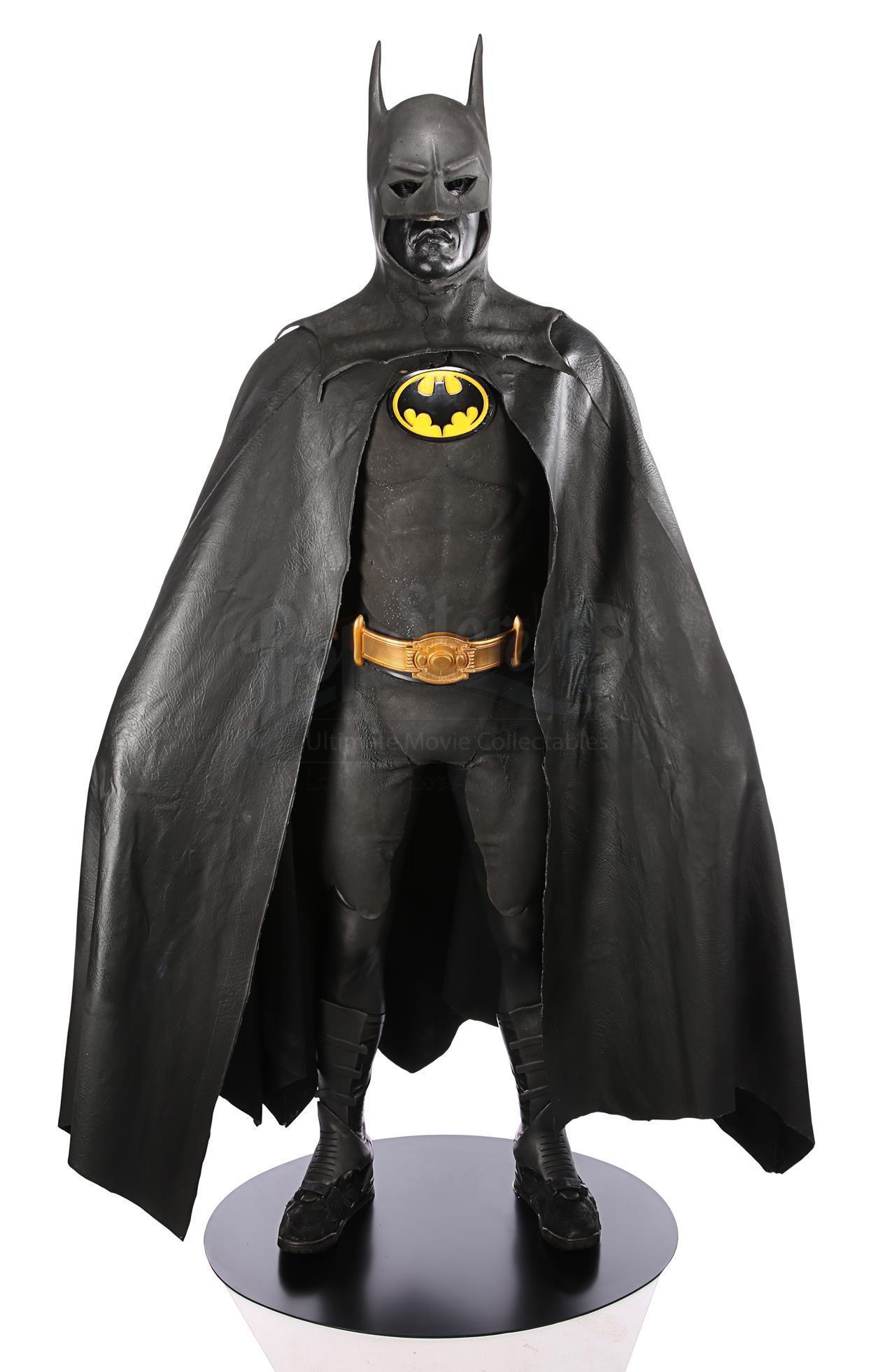 Il costume indossato di Batman (1989) indossato da Michael Keaton (stima £80000 - £120000)