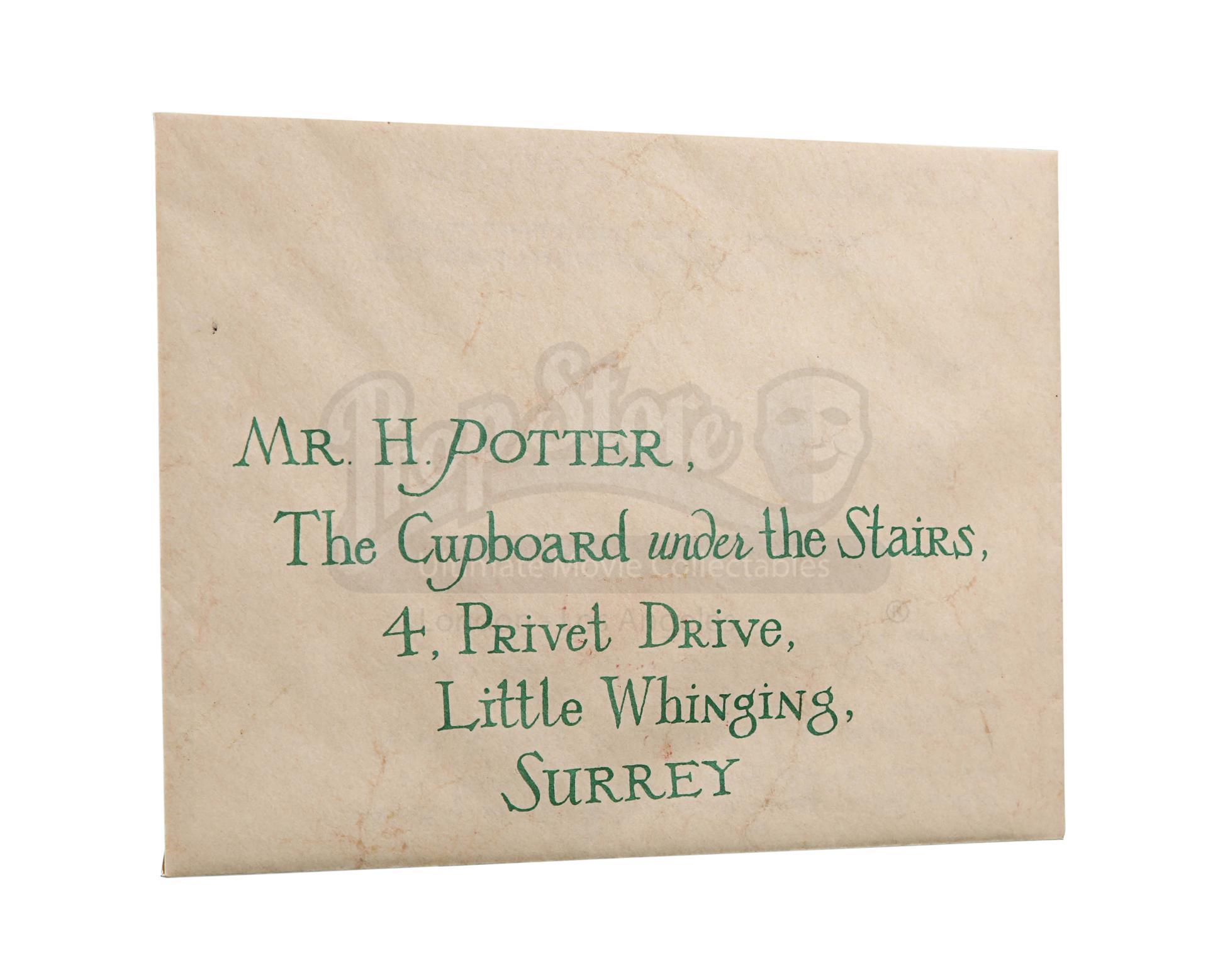 """La lettera da Hogwarts in """"Harry Potter e la Pietra Filosofale"""" (stima: £4000 - £6000)"""
