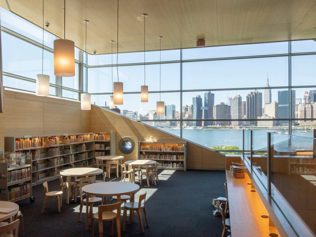 Hunters Point Library (courtesy of Steven Holl Architects)