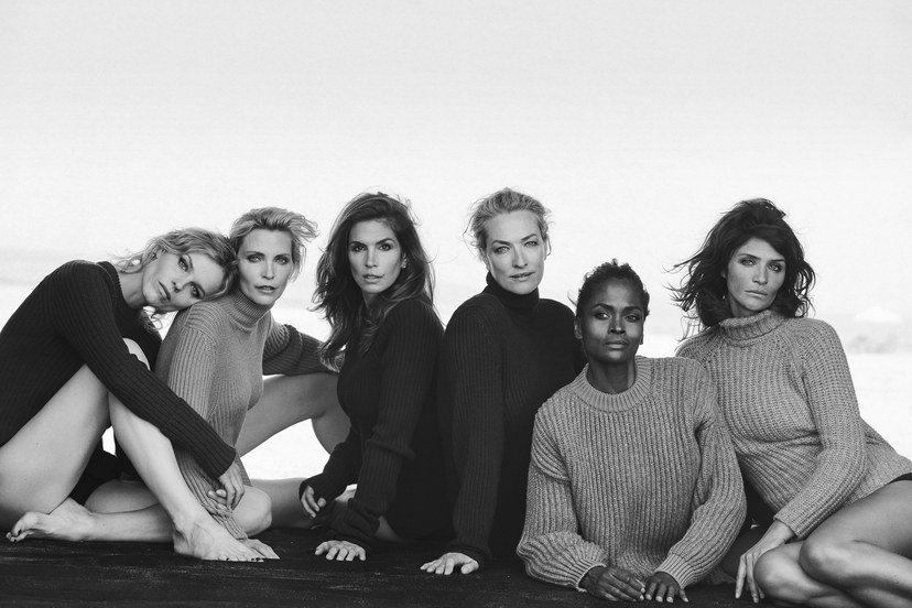 Eva Herzigova, Nadja Auermann, Cindy Crawford, Tatjana Patitz, Karen Alexander & Helena Christensen, Catalina Beach Club, New York, USA © Vogue Italia © Peter Lindbergh (Courtesy of Peter Lindbergh, Paris / Gagosian Gallery)