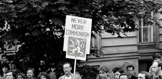 1989. Rivoluzione di velluto: 30 anni della libertà cecoslovacca