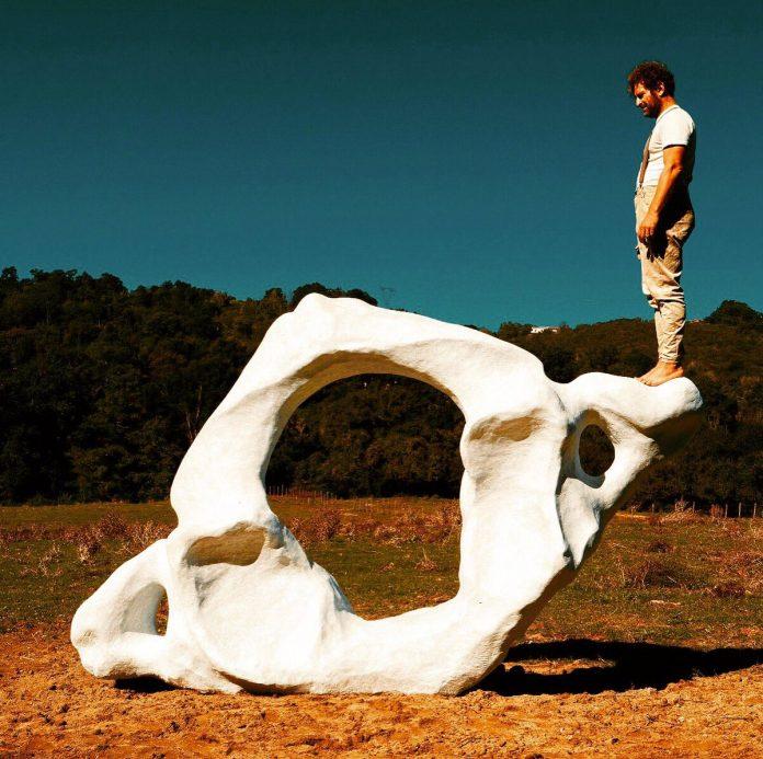 Un'opera lungo la via Francigena, per Arte sui Cammini