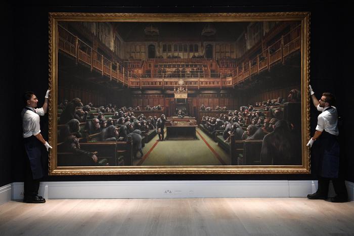 Devolved Parliament, l'opera da record di Banksy