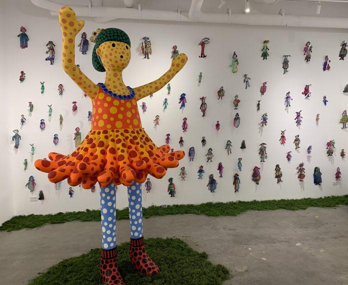 La mostra di Yayoi Kusama da Mucciaccia Gallery a New York