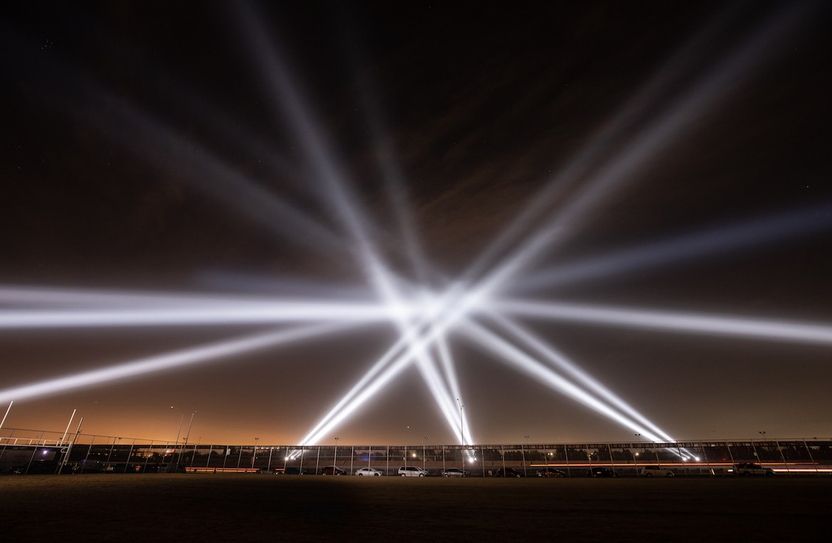 "Rafael Lozano-Hemmer, ""Border Tuner"", U.S. – Mexico border. Photo by Mariana Yanez"