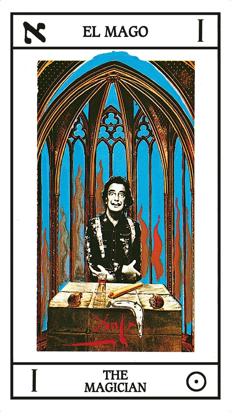 Il mago è una delle carte del mazzo di tarocchi realizzato da Salvador Dalì, riproposto nel nuovo libro edito da Taschen, altro consiglio del nostro Best of 2019 (Courtesy: Taschen)