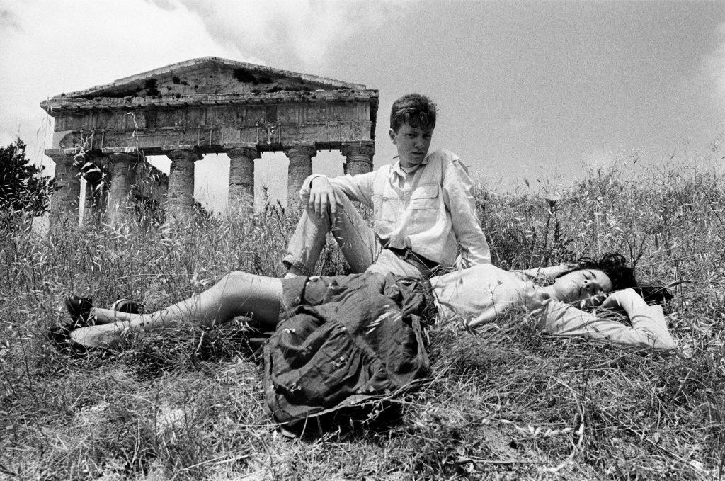 Letizia Battaglia, Il Tempio di Segesta, 1986©Letizia Battaglia