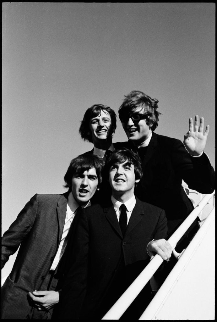 I Beatles arrivano all'aeroporto di Los Angeles nel loro secondo tour negli Stati Uniti, 1965 Fotografia: The Life Picture Collection / Getty Images