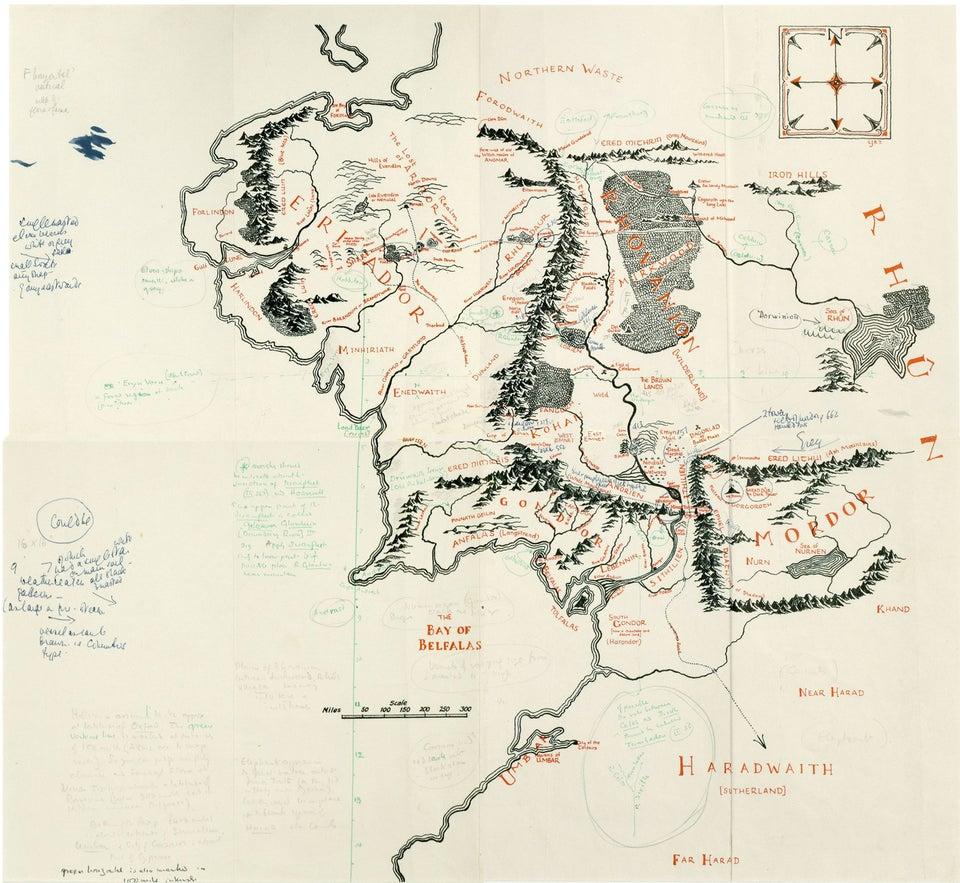 """Christopher Tolkien ha disegnato la mappa dell'ambientazione de """"Il Signore degli Anelli"""", la celebre saga scritta dal padre"""